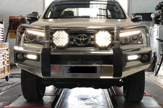 HiLux UTE Spotlights and BullBar